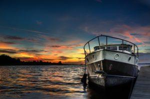 boat-832801_640